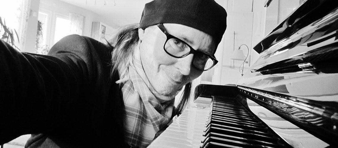 Krouvinen-ja-piano